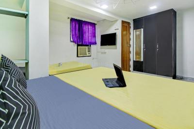 Bedroom Image of Oyo Life Kol1475 in Howrah Railway Station