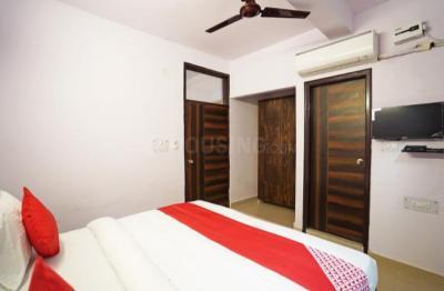 Bedroom Image of Dheeraj PG in Sector 15