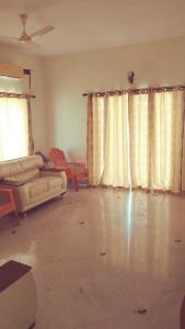 Gallery Cover Image of 4000 Sq.ft 4 BHK Independent House for rent in Neelankarai for 100000