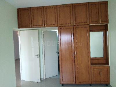 Gallery Cover Image of 1650 Sq.ft 3 BHK Apartment for rent in Saligramam for 30000