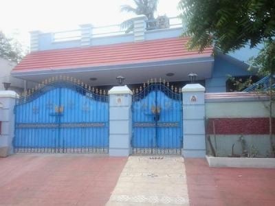 Gallery Cover Image of 2300 Sq.ft 2 BHK Independent House for buy in R L Nagar for 19500000