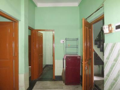 Gallery Cover Image of 700 Sq.ft 2 BHK Independent House for rent in Tollygunge for 12000