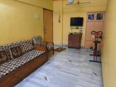 Gallery Cover Image of 820 Sq.ft 2 BHK Apartment for buy in Mulund East for 15000000