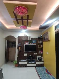Gallery Cover Image of 850 Sq.ft 2 BHK Apartment for buy in Chinchwad for 6100000