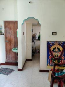 Gallery Cover Image of 400 Sq.ft 2 BHK Independent House for rent in Choolaimedu for 10000