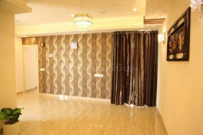 Gallery Cover Image of 950 Sq.ft 2 BHK Apartment for rent in SKA Green Mansion, Noida Extension for 10000