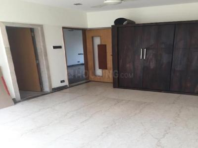 Gallery Cover Image of 1800 Sq.ft 3 BHK Apartment for rent in Bandra East for 90000