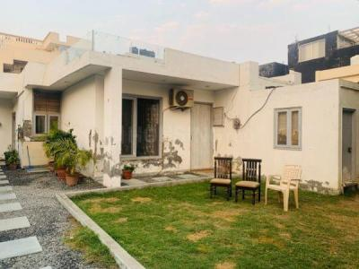 Gallery Cover Image of 2800 Sq.ft 3 BHK Independent House for rent in Sector 48 for 40000