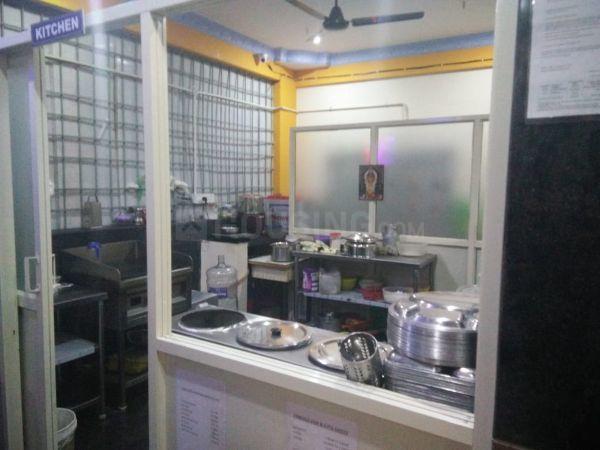 इलेक्ट्रॉनिक सिटी में ओन्ली पीजी के किचन की तस्वीर