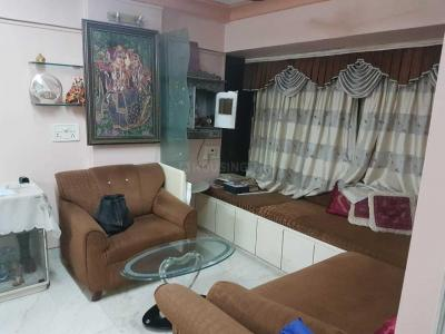 Gallery Cover Image of 1250 Sq.ft 3 BHK Apartment for rent in Mulund West for 52000