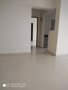 Gallery Cover Image of 740 Sq.ft 1 BHK Apartment for buy in Solitaire Heights, Malad West for 10000000