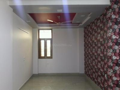 Gallery Cover Image of 950 Sq.ft 2 BHK Apartment for buy in Shahdara for 5300000