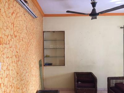 Gallery Cover Image of 900 Sq.ft 2 BHK Apartment for rent in Divya Stuti CHS, Goregaon East for 32000