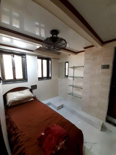 Bedroom Image of 1100 Sq.ft 3 BHK Apartment for buy in Colaba for 35100000