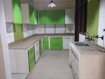 Gallery Cover Image of 2600 Sq.ft 4 BHK Independent Floor for rent in Sector 50 for 25000