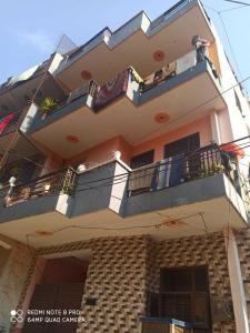Gallery Cover Image of 777 Sq.ft 9 BHK Independent House for buy in Sector 13 for 14000000
