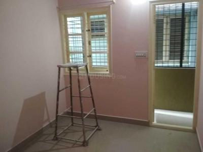 Gallery Cover Image of 1800 Sq.ft 3 BHK Apartment for rent in Richmond Town for 70000