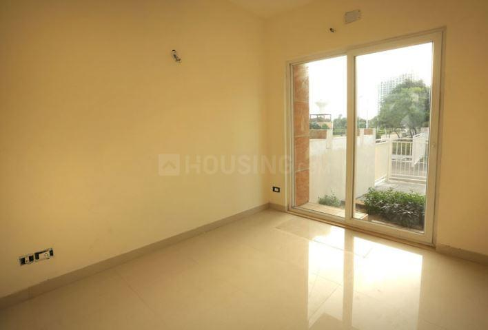 Living Room Image of 2500 Sq.ft 3 BHK Apartment for rent in Sector 70A for 28000
