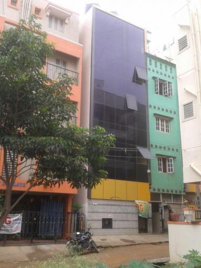 रॉयल चैलेंजर पीजी फॉर जैंट्स इन मुन्नेकोल्लाल के बिल्डिंग की तस्वीर