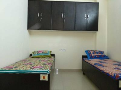 Bedroom Image of Unique PG in Shakarpur Khas