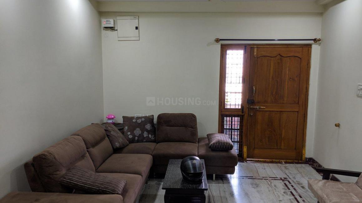 Living Room Image of 1750 Sq.ft 3 BHK Apartment for rent in Habsiguda for 27500