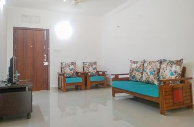 Gallery Cover Image of 2000 Sq.ft 3 BHK Apartment for rent in Narsingi for 13000