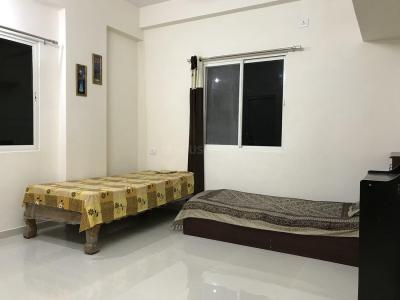 Gallery Cover Image of 850 Sq.ft 2 BHK Apartment for rent in Hakimpet for 30000