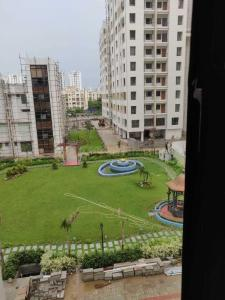 Gallery Cover Image of 1305 Sq.ft 3 BHK Apartment for rent in Bengal Greenfield Elegance, Rajarhat for 21000