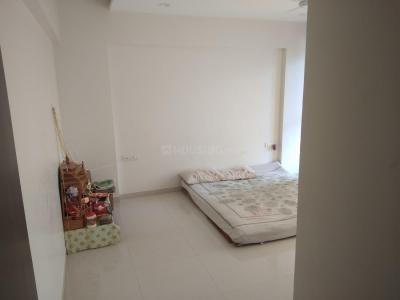 Gallery Cover Image of 2585 Sq.ft 3 BHK Apartment for rent in Undri for 32000