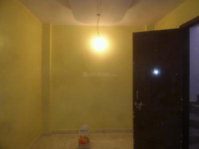 Gallery Cover Image of 450 Sq.ft 1 BHK Independent Floor for buy in B13, Mahavir Enclave for 2400000