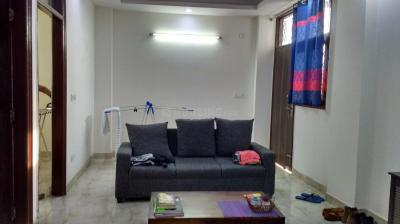 Gallery Cover Image of 950 Sq.ft 2 BHK Apartment for rent in RWA Khirki Extension Block R, Malviya Nagar for 25000