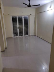 Gallery Cover Image of 880 Sq.ft 2 BHK Apartment for rent in Lotus Vrindavan, Vikas Nagar for 10000