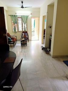 Gallery Cover Image of 1250 Sq.ft 3 BHK Apartment for rent in New Alipore for 30000