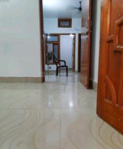 Gallery Cover Image of 1000 Sq.ft 3 BHK Independent Floor for rent in Rajajipuram for 10500
