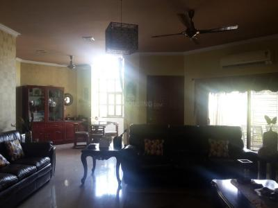 Gallery Cover Image of 10000 Sq.ft 4 BHK Independent House for buy in New Town for 45000000