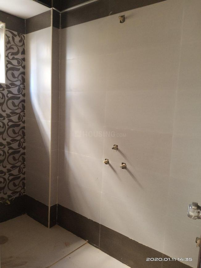 Common Bathroom Image of 1125 Sq.ft 2 BHK Apartment for rent in Vibhutipura for 26000