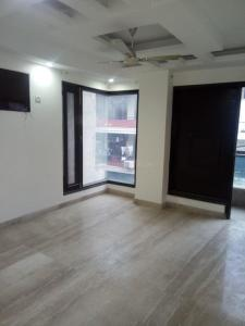 Gallery Cover Image of 1600 Sq.ft 3 BHK Apartment for rent in Raja Garden for 27500