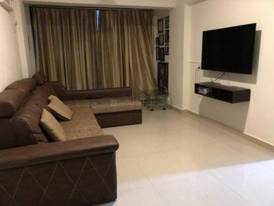 Gallery Cover Image of 500 Sq.ft 1 BHK Apartment for rent in Malad West for 30000