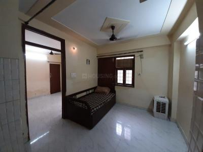 Gallery Cover Image of 2000 Sq.ft 1 BHK Independent Floor for rent in Dwarka Mor for 13000