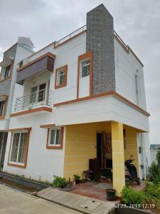 Gallery Cover Image of 1200 Sq.ft 2 BHK Villa for rent in Padur for 18000