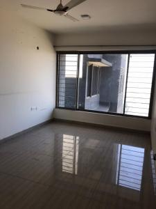 Gallery Cover Image of 1750 Sq.ft 3 BHK Apartment for rent in Ghatkopar West for 90000