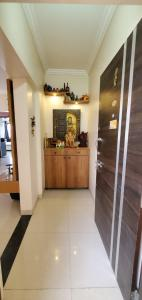 Gallery Cover Image of 2050 Sq.ft 4 BHK Apartment for buy in Glitterati Apartments, Pimple Nilakh for 19000000