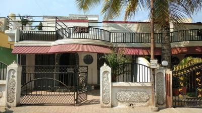 Gallery Cover Image of 1500 Sq.ft 2 BHK Villa for rent in Dhanori for 20000