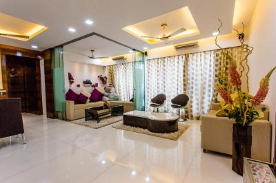 Gallery Cover Image of 1305 Sq.ft 3 BHK Apartment for buy in Malad West for 32500000