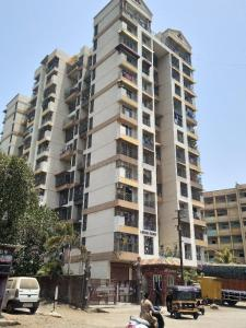 Gallery Cover Image of 675 Sq.ft 1 BHK Apartment for buy in Thakurli for 4800000