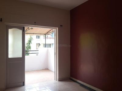 Gallery Cover Image of 850 Sq.ft 2 BHK Apartment for rent in Reputed Sejal Residency, Hadapsar for 15000