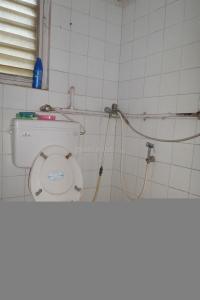Bathroom Image of Raja PG in Andheri East