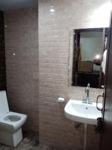 Bathroom Image of Deepa PG in DLF Phase 1