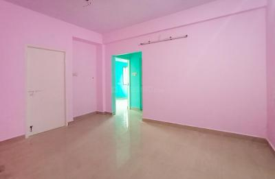 Gallery Cover Image of 600 Sq.ft 2 BHK Apartment for rent in Kattupakkam for 7500