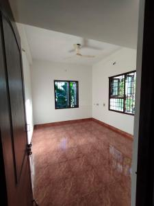 Gallery Cover Image of 1100 Sq.ft 2 BHK Independent Floor for rent in Chitlapakkam for 12000
